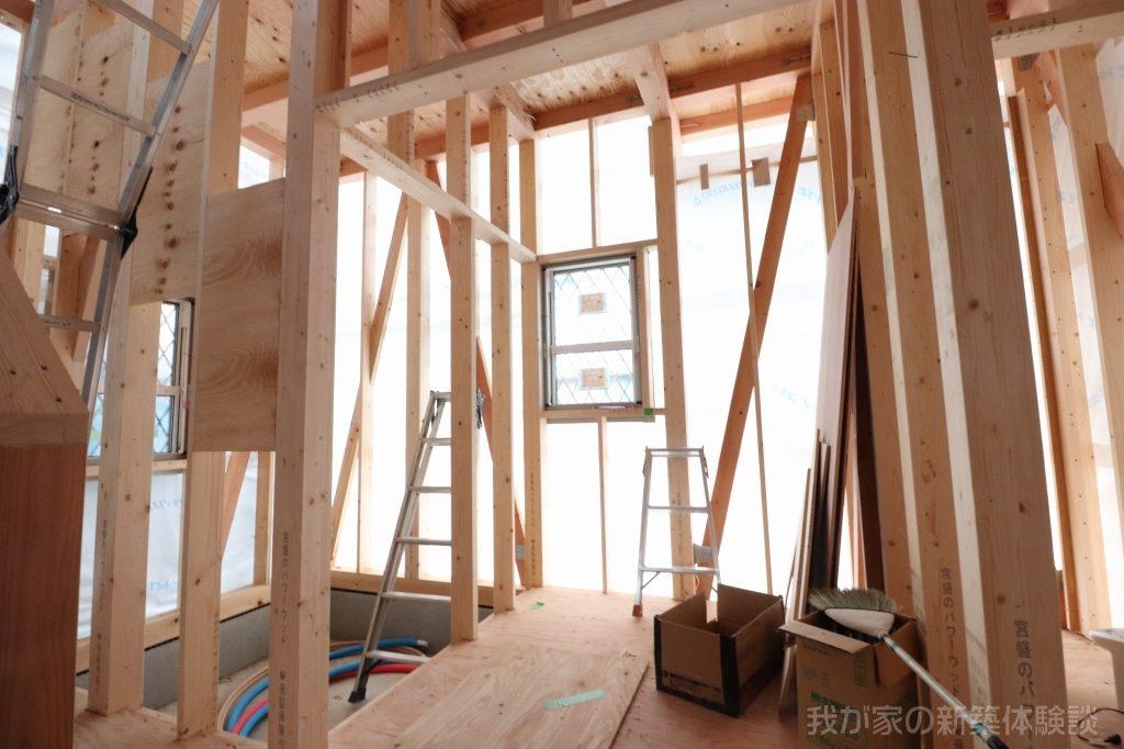 木造新築工事の洗面所