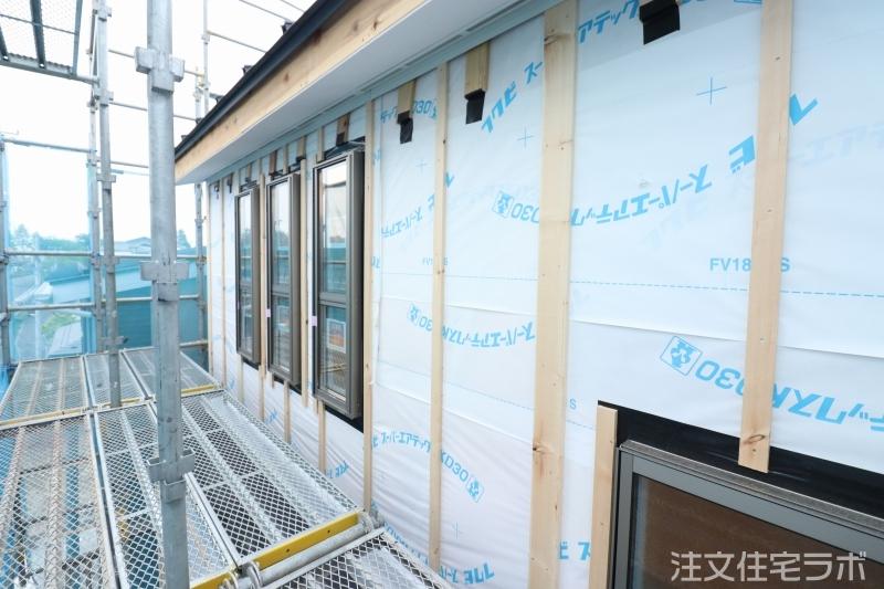 木造外壁下地工事(胴縁)