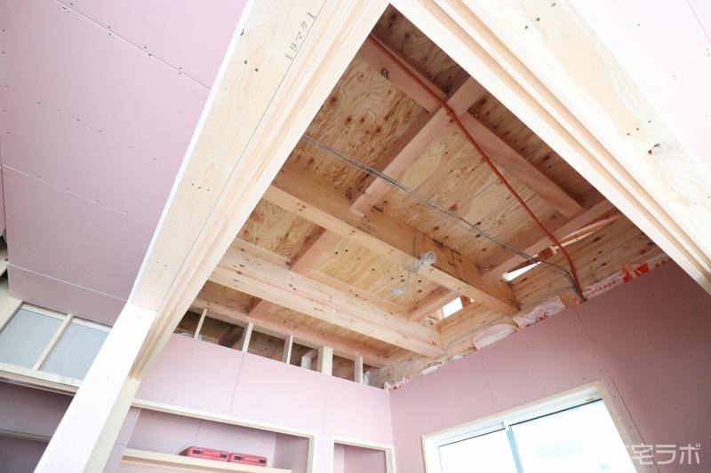 木造新築工事の内装造作