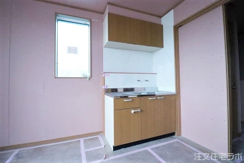 木造新築工事のシステムキッチン