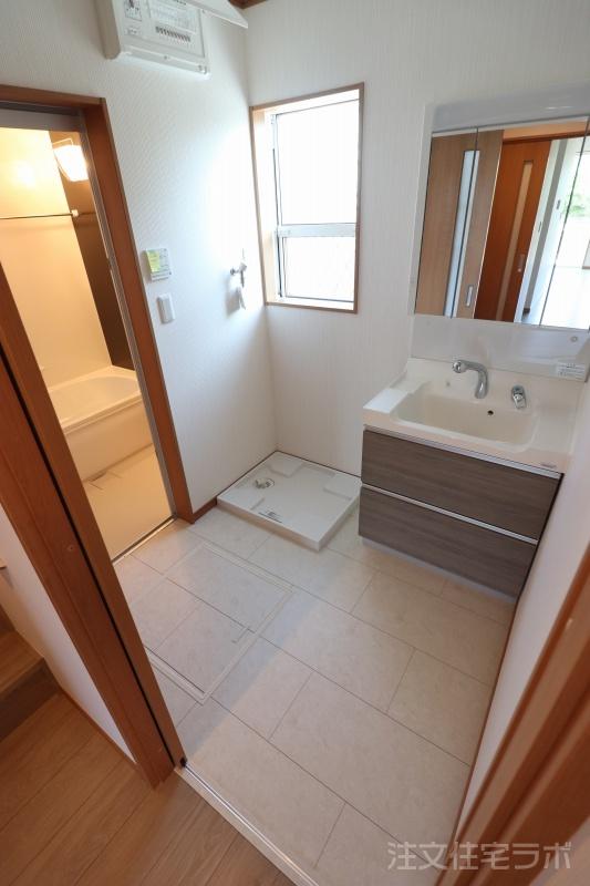 新築住宅引渡し 洗面所